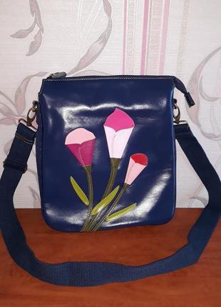 Шикарная синяя сумка с цветами vendula london
