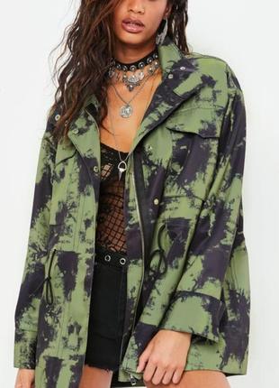 Крутая куртка  парка ветровка хаки камуфляж оверсайз от missguided