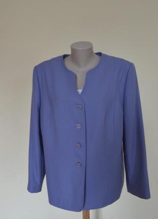 Классный элегантный жакет голубого цвета,размер 20.