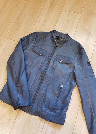 Мужская куртка guess . новая