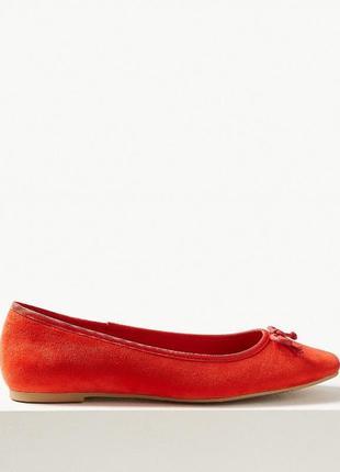 Яркие кожаные балетки m&s collection insolia flex p.38