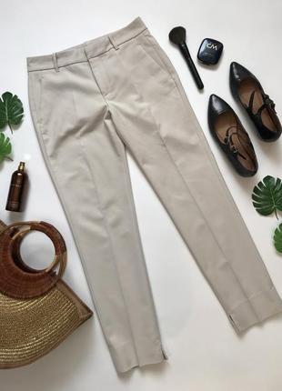 Простые базовые бежевые брюки чинос от zara размер xs/6/34.