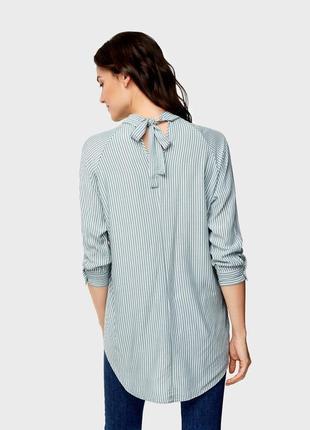 Cветло-зеленая рубашка блузка в полоску ostin3 фото