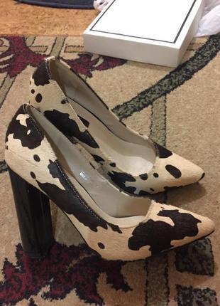 Мега стильные туфли лодочки шпилька натуральная кожа мех пони