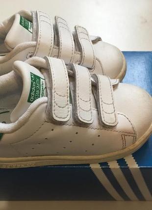 Кроссовки adidas р.23 {14см} белые фирменные на липучках