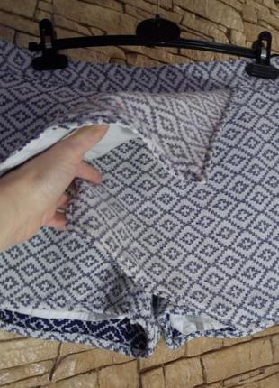 Жаккардовые юбка-шорты
