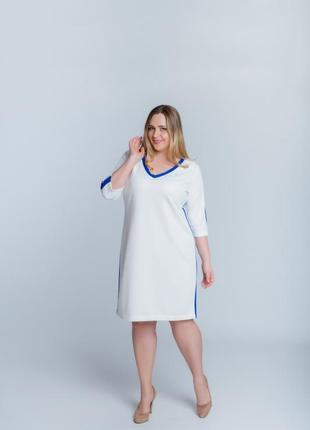 Легкое платье в стиле спорт-шик2 фото