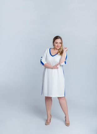 Легкое платье в стиле спорт-шик4 фото