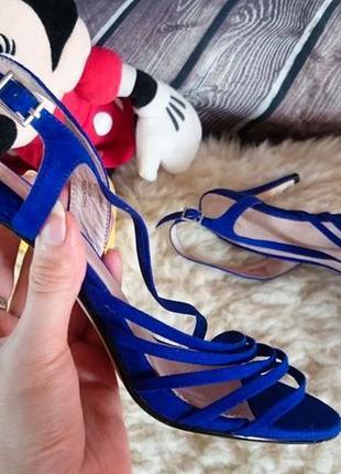 Босоножки на каблуке jasper conran.