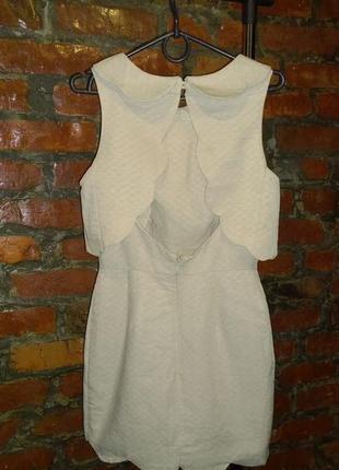 Платье с фигурными деталями и открытой спинкой asos2 фото