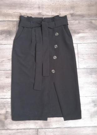 Идеальная стильная итальянская юбка миди today. оригинал