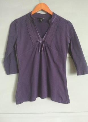 Лонгслив. кофточка с кружевом.  интересный вырез. пуловер