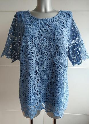 Стильная  кружевная футболочка marks& spencer голубого цвета