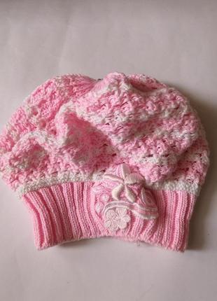 Красивая, нежная шапуля-берет на 1-2 годика.