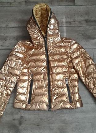 Классная золотая куртка ветровка пуффер.