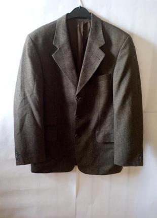 Мужской пиджак классического кроя!