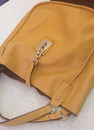 Продаю яркую сумку, сумка-мешок,подходит под любую одежду