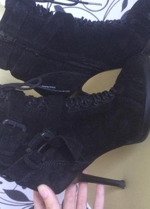 Ботинки замшевые zara