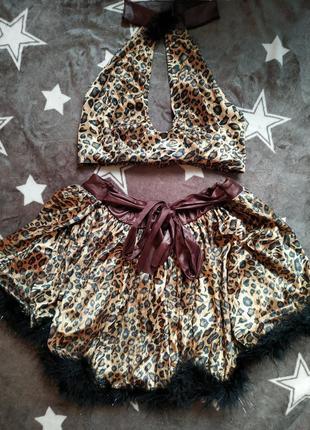 Сексуальный костюм леопардовый юбка и топ с чопером,  с пушком