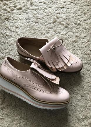 Крутые лоферы туфли bershka