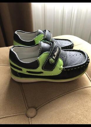 Туфлі на хлопчика2 фото
