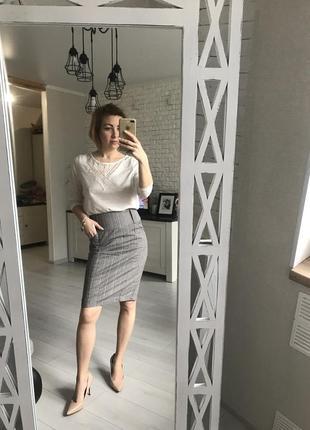 Высокая юбка