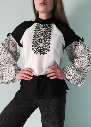 """Блузка-вишиванка """"вишеньки"""" в стилі еклектика"""