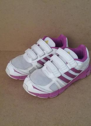Кроссовки adidas на липучках для девочки