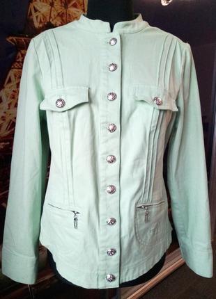 Котоновая куртка деним мятного цвета от couture line
