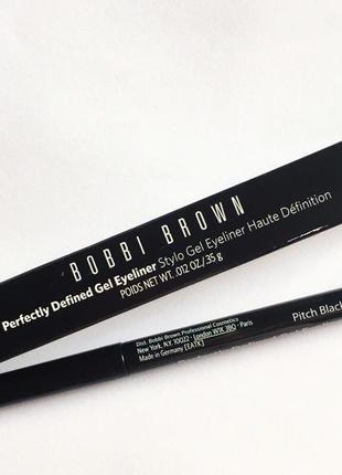 Гелевый карандаш для глаз