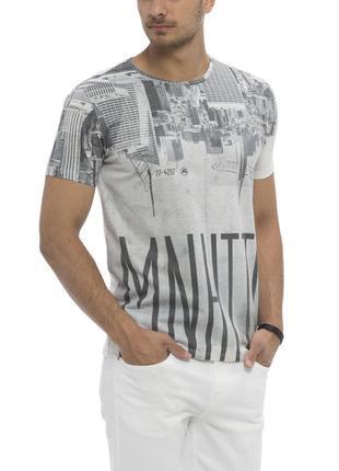d1166e2adf3 Мужская футболка белая lc waikiki   лс вайкики с надписью manhattan