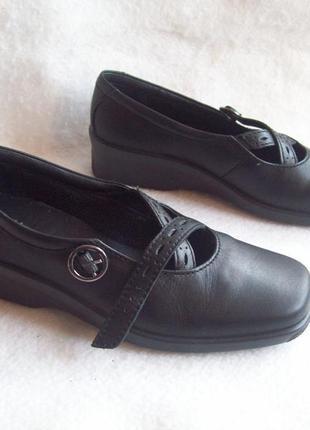 Туфли кожа танкетка