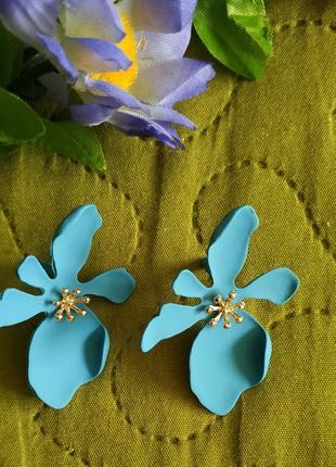 Серьги цветочки голубые сережки