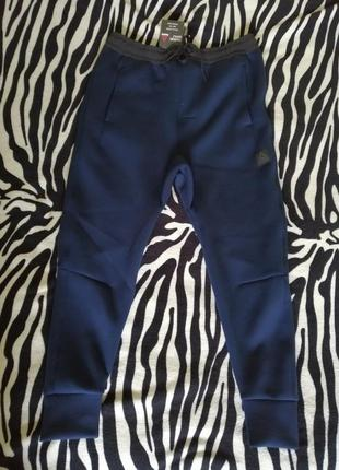 Спортивные штаны reebok training knit joggers m   оригинал