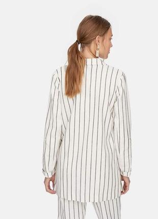 Очень красивый полосатый пиджак stradivarius3 фото
