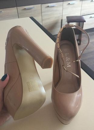Туфли лаковые3 фото