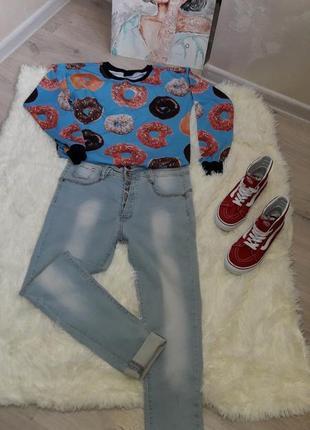 Голубые джинсы от by chicoree