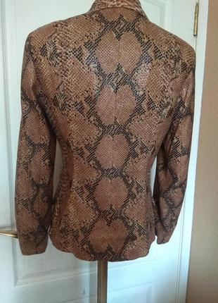 Шикарная змея!!! пиджак, жакет, блуза, куртка3 фото