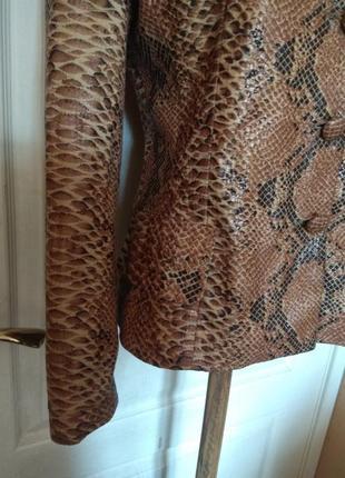 Шикарная змея!!! пиджак, жакет, блуза, куртка4 фото