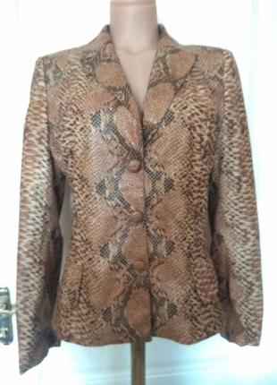 Шикарная змея!!! пиджак, жакет, блуза, куртка5 фото
