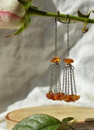 Серьги  - цепочки с янтарем ′в лучах заката′