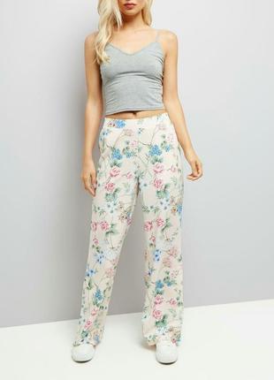 Летние широкие брюки цветочный принт от new look