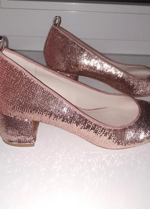 Нереально красивые туфли в цвете rosé gold блестящие /пайетка/розовые