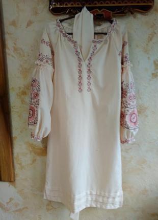 Плаття в етно стилі