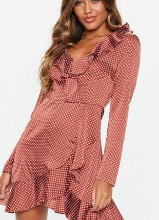 Легкое платье мини в горошек с оборками от missguided
