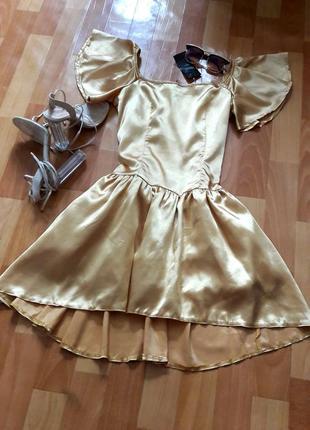 Шикарна золота сукня