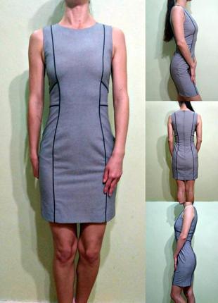 Классическое платье футляр в обтяжку