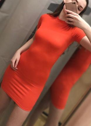 Короткое облегающее платье bershka