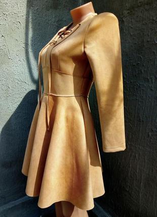 Качественное платье замш с люверсами, шнуровкой3 фото