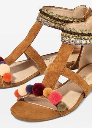 Натуральные босоножки, сандалии esmara
